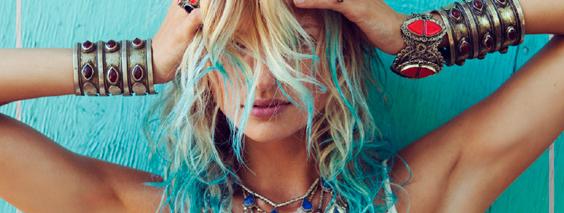 Необычно и просто: мелирование волос в домашних 6