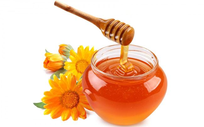 Облепиховое масло для волос: полезные свойства, применение и маски