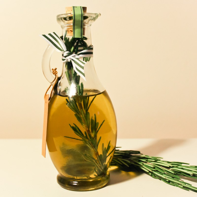 Розмариновое масло для волос в домашних условиях